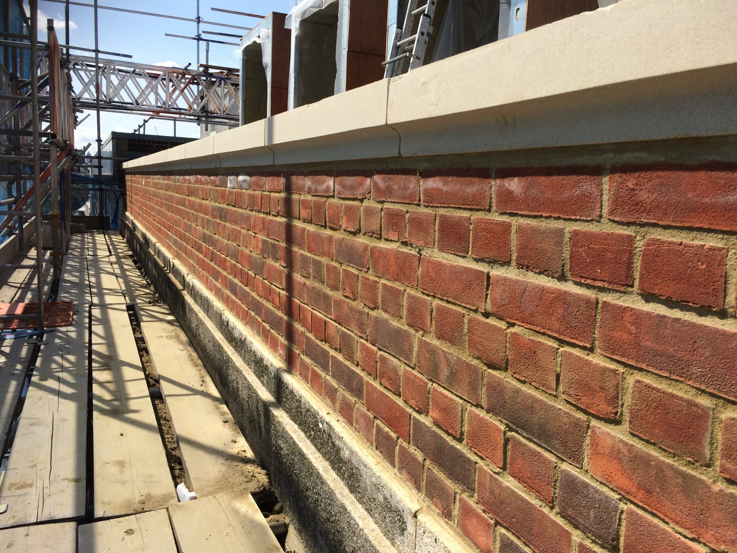 how to build a parapet wall